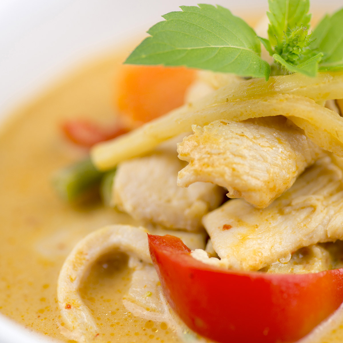 Pinot Grigio Food suggestion - Thai Green Chicken Curry