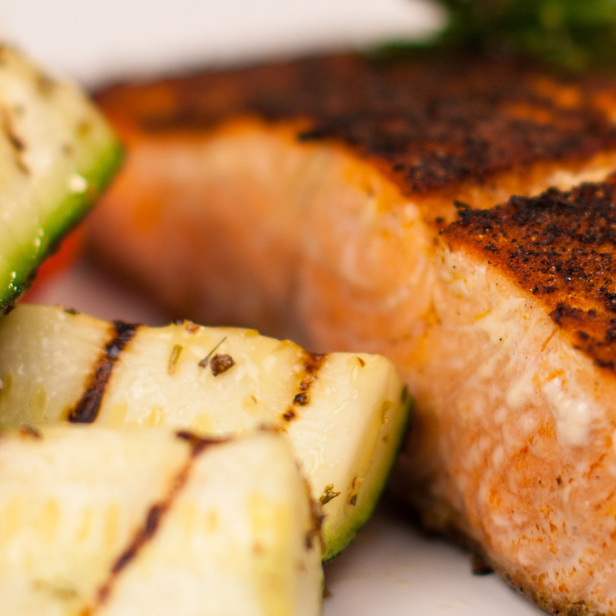 Spanish Blend Food suggestion - Cajun-spiced Blackened Fish