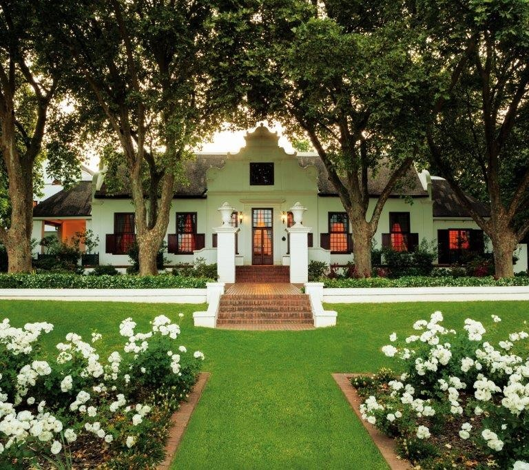 RAISE A GLASS TO SOUTH AFRICAN HERITAGE AT NEDERBURG
